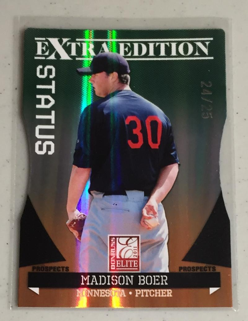 2011 Donruss Elite Extra Edition Emerald Status Signature Die Cut