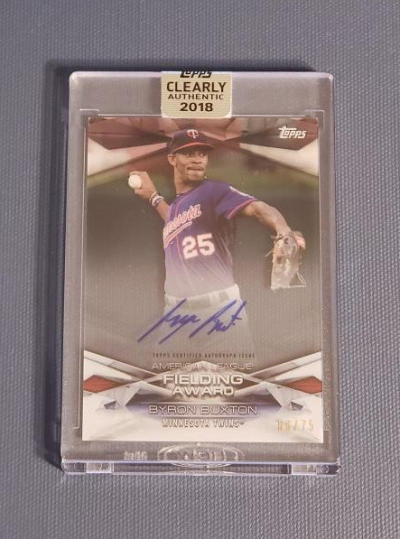 2018 Topps Clearly Authentic MLB Awards Autographs Black