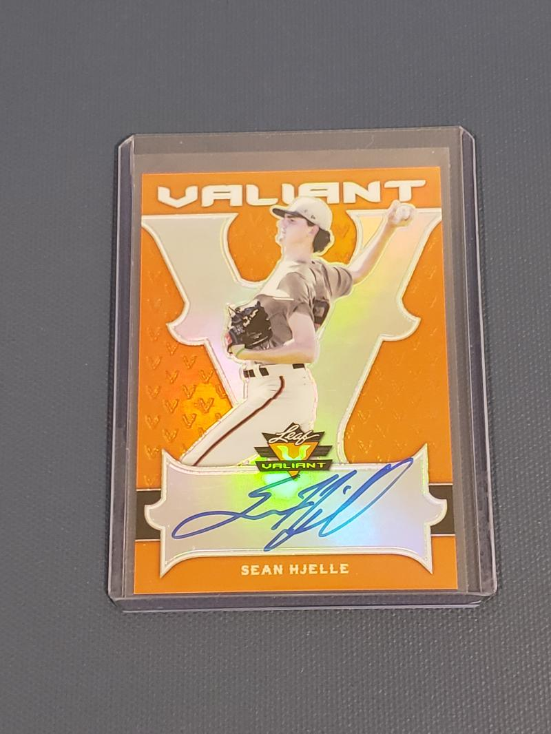 2018 Leaf Valiant Autographs Orange