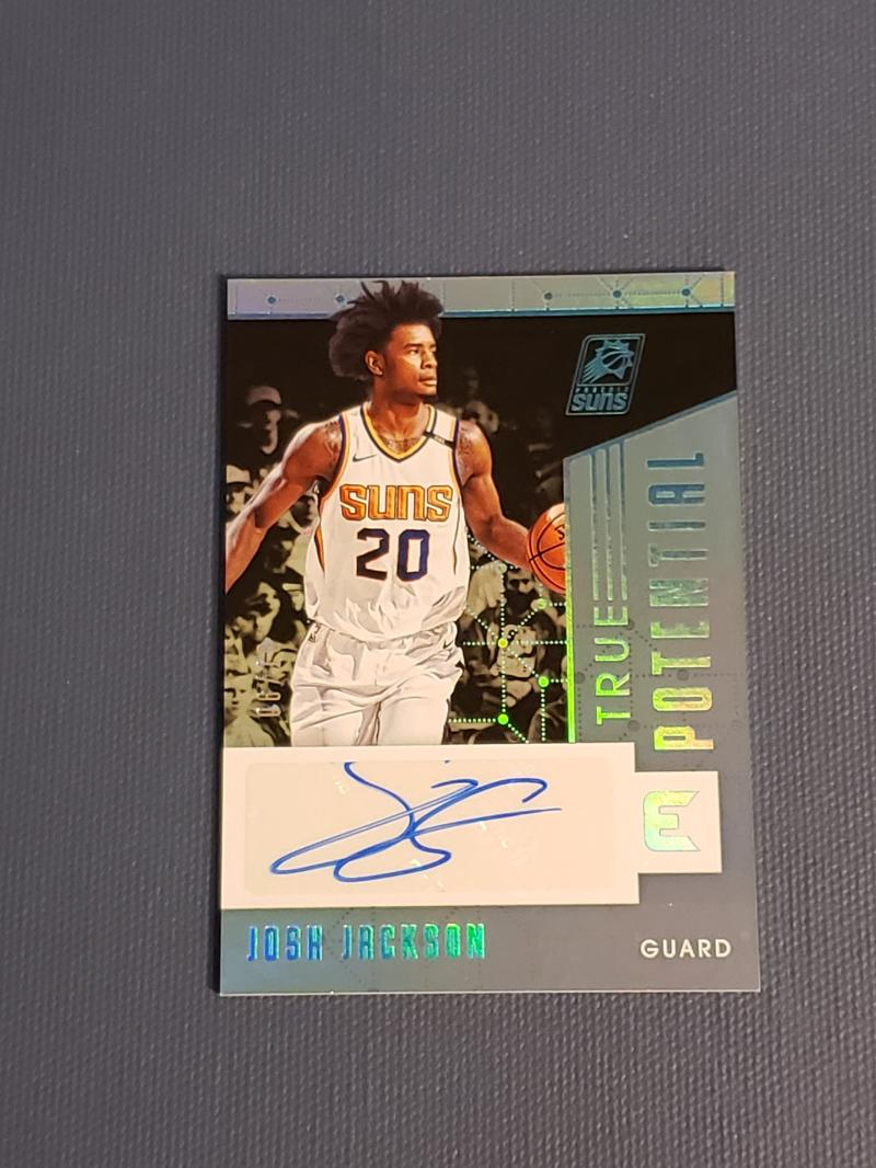 2017-18 Panini Essentials True Potential Signatures Platinum