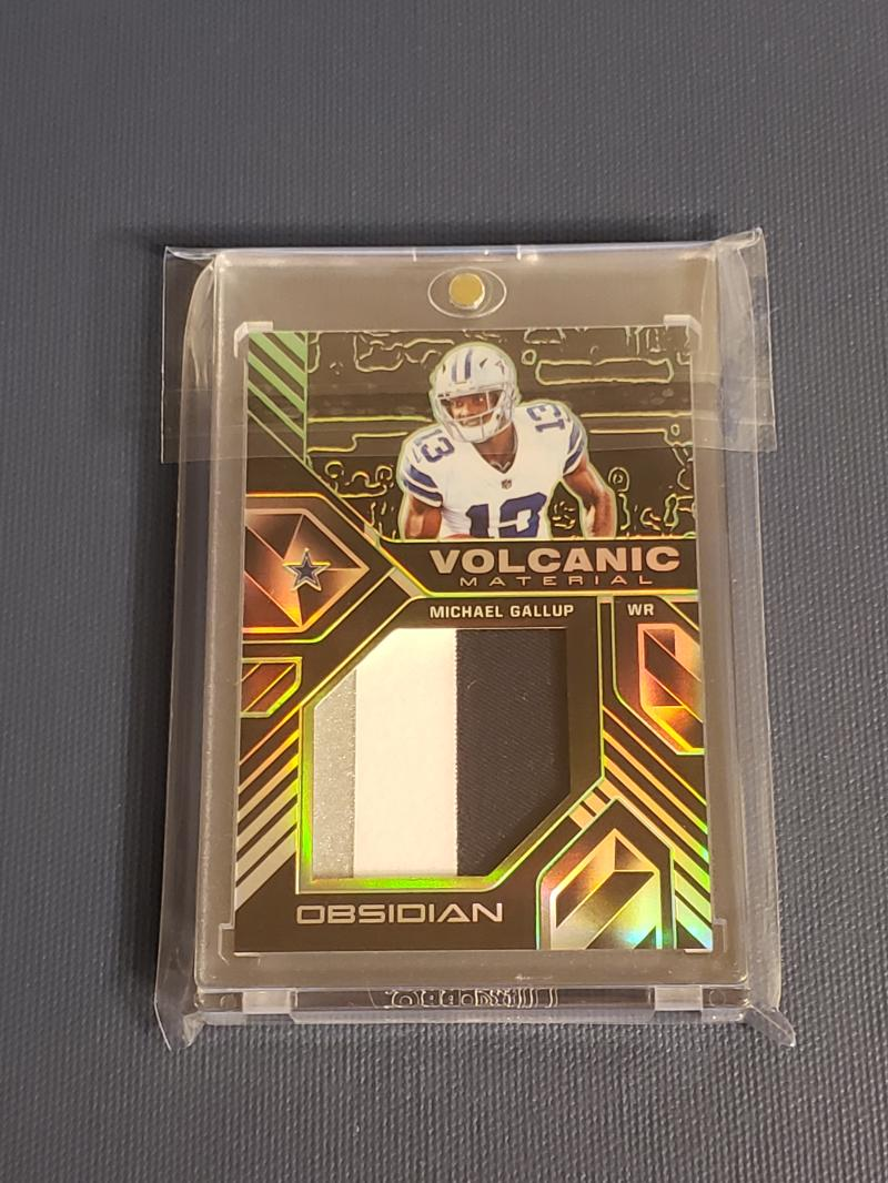 2018 Panini Obsidian Volcanic Material Electric Etch Green