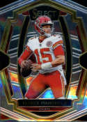 2018 Select Football #104 Patrick Mahomes II Kansas City Chiefs Premier Level Official NFL Trading Card From Panini