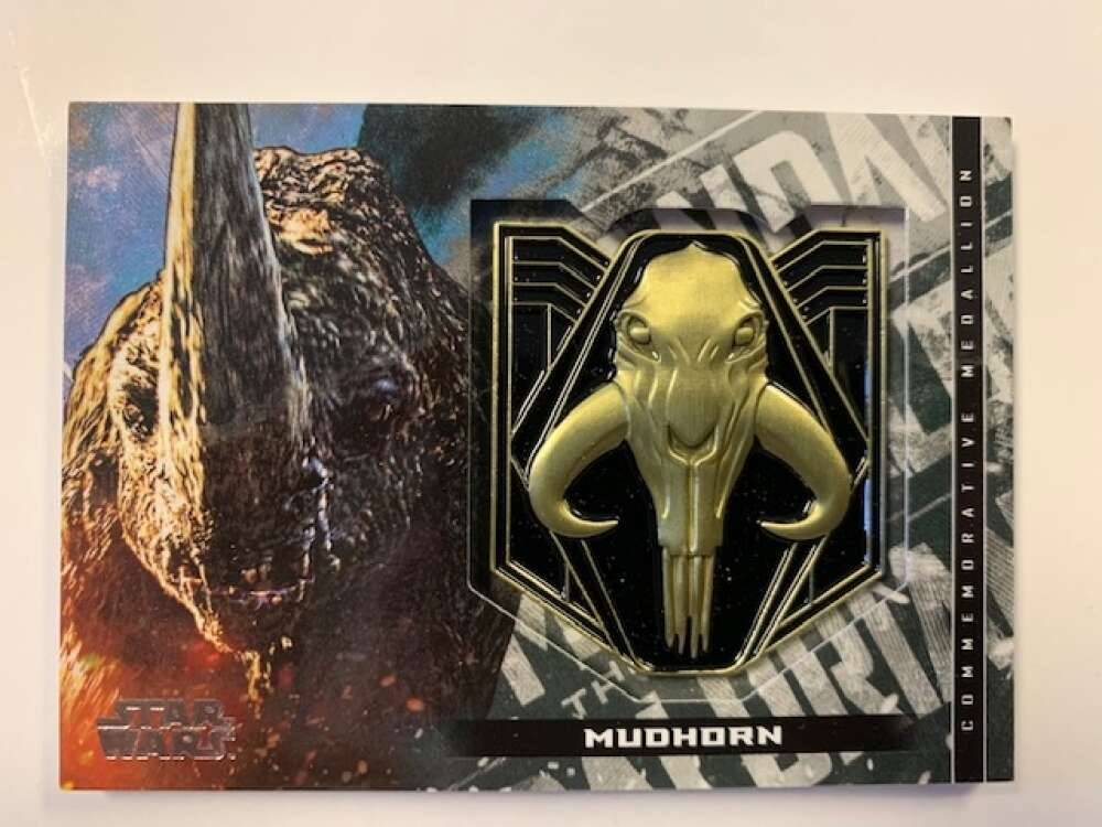 2020 Topps Star Wars The Mandalorian Season 1 Commemorative Medallion Relics Silver